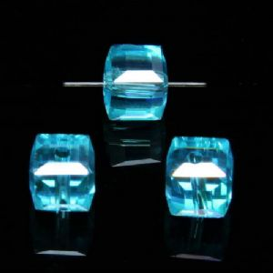 Beads, Auralescent Crystal, Crystal, Turquoise colour AB, Faceted square shape, 8mm x 8mm x 8mm, 1 Bead, [ZZD0039]